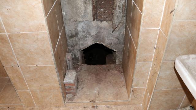 Gaziantepte metruk evden kuyumcu dükkanlarına doğru tünel kazan zanlılar suçüstü yakalandı