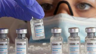 Aşı stoğu az olan ülkelerde iki doz arasındaki sürenin uzatılması öneriliyor