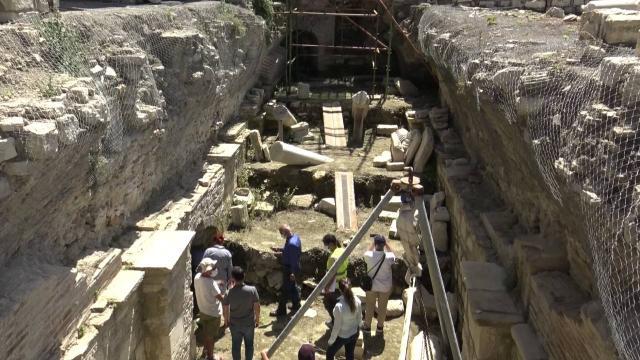 Aydında 13. yüzyıla ait mezarlar bulundu