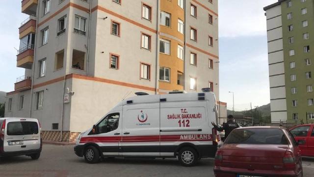 Kayseride 11. kattan düşen çocuk hayatını kaybetti