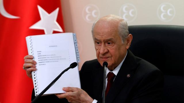 MHPden yeni anayasa önerisi