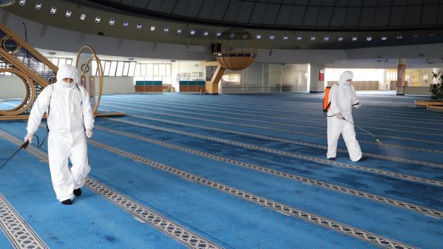 Erzincanda camiler ve terminal dezenfekte edildi
