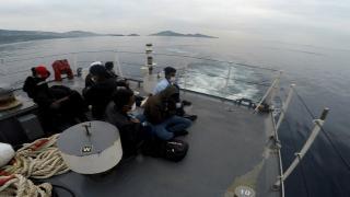 Türk karasularına itilen 8 düzensiz göçmen kurtarıldı