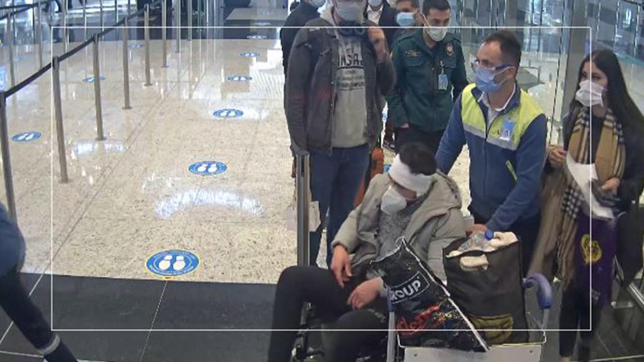 Göçmen kaçakçılarının 'hasta' yalanı polise takıldı