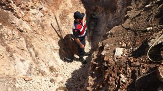 Antalya'da kaçak kazıya 4 gözaltı
