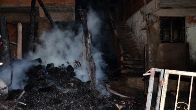 Kastamonuda 6 ev yandı