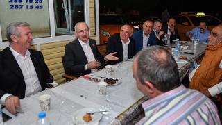 CHP Genel Başkanı Kemal Kılıçdaroğlu taksi esnafıyla iftar yaptı