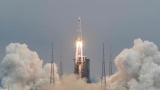 Çin roketine ilişkin Pekin'den açıklama geldi