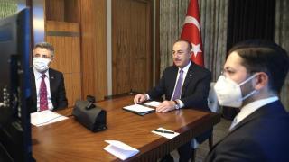 Bakan Çavuşoğlu, Almanya İçişleri Bakanı ile görüştü