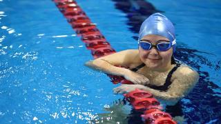 Down sendromlu sporcunun hedefi yüzme antrenörlüğü