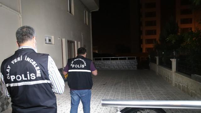 Adanada hırsızlık iddiası: İki kardeş bıçaklandı
