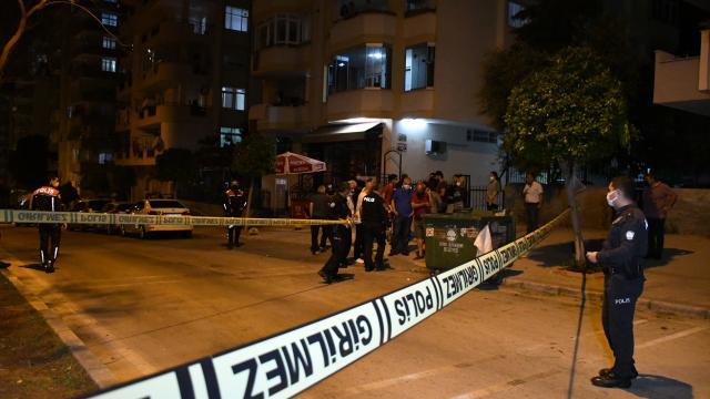 Adanada silahlı saldırıya uğrayan kişi yaralandı
