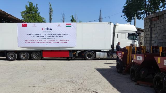TİKAdan Tacikistana 42 tonluk patates tohumu desteği