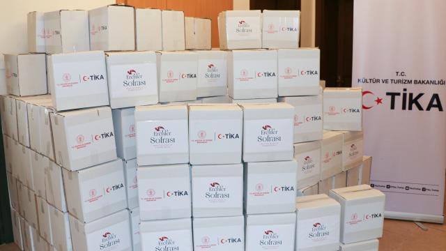 TİKA, KKTCde 2 bin hijyen paketi dağıttı