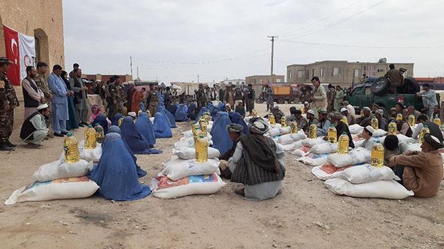 TİKAdan Afganistandaki ihtiyaç sahibi 600 aileye gıda yardımı