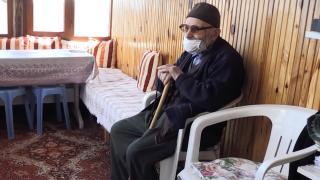 112 yaşındaki Mehmet dede 102 yıldır oruç tutuyor