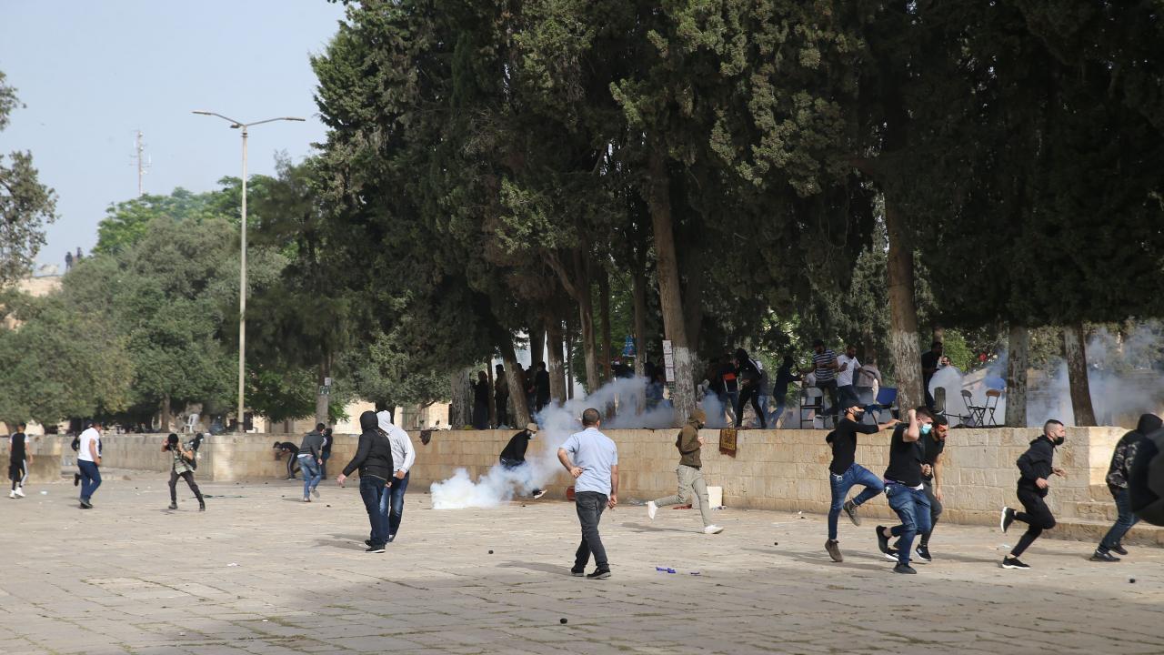 İsrail polisi Mescid-i Aksa üzerinde İHA uçurdu