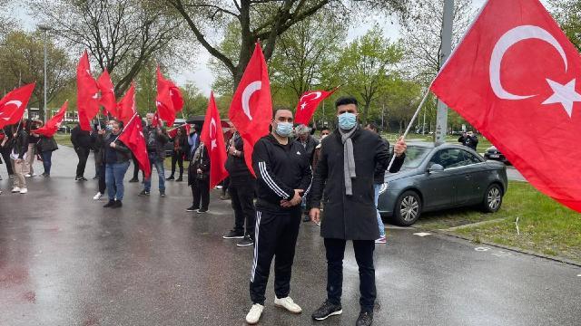 Almanyada Türk iş insanına yapılan polis şiddeti protesto edildi