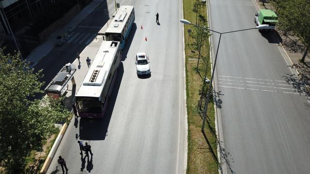 Ataşehirde toplu taşıma araçlarına kısıtlama denetimi havadan görüntülendi