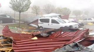 Yozgat ve Sivas'ta fırtına etkili oldu
