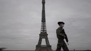 """Fransa'da askerlerden ikinci kez """"iç savaş"""" uyarısı"""