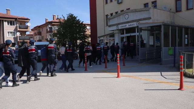 Afyonkarahisarda organize suç örgütü operasyonu: 11 tutuklama