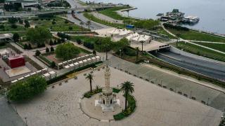 İzmir'de vakalar yarı yarıya azaldı