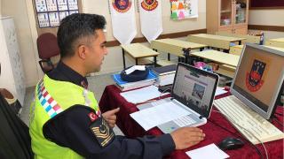 Elazığ'da jandarmadan öğrencilere trafik eğitimi