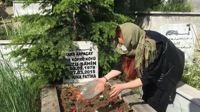 Kocaelide genç kadının annesinin mezarını ziyaret etme isteği yerine getirildi
