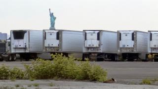 New York'ta koronavirüsten ölenler hala kamyon kasalarında tutuluyor