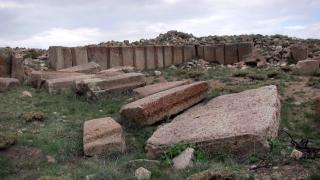 Dağın zirvesinde 2 bin 800 yıllık bir antik kent: Tabal Krallığı Antik Kenti
