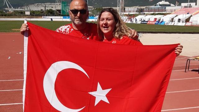 Milli atlet Pınar Akyol gülle atmada altın madalya kazandı