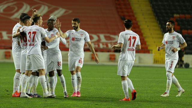 Ligin en fazla berabere kalan takımı Sivasspor