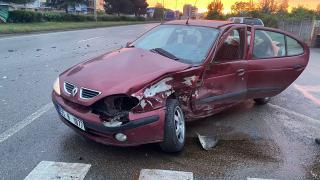 Samsun'da iki otomobil çarpıştı: 2 yaralı