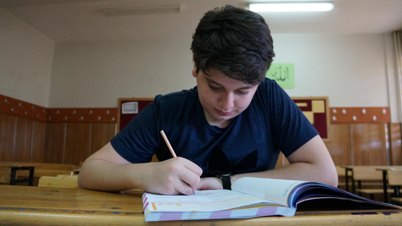 Sözlü ve performans ödevlerini yapmak zorunda mıyız yoksa o da 1. döneme göre mi değerlendirilecek?