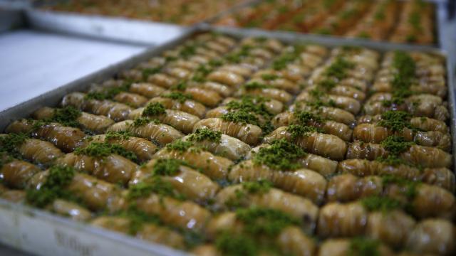 Kayseri, Kırşehir ve Niğde'de Ramazan Bayramı öncesi alışveriş yoğunluğu yaşandı