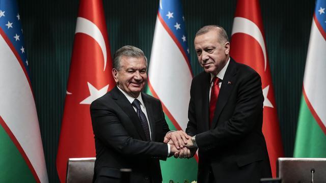 Cumhurbaşkanı Erdoğan Özbek mevkidaşı ile görüştü