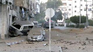 Bombardıman altındaki Gazze Şeridi'nde sabahın ilk saatleri