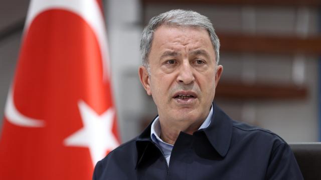 Bakan Akar: Afganistan görüşmeleri Türkiyenin arzuladığı şekilde olumlu ilerliyor