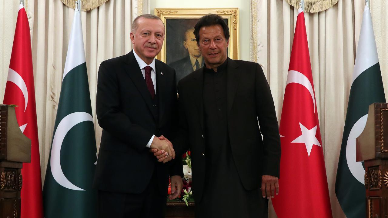 Cumhurbaşkanı Erdoğan, Pakistan Başbakanı İmran Han ile görüştü