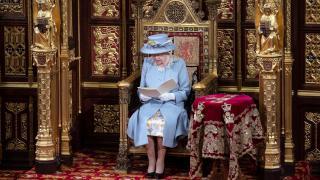 İngiltere Kraliçesi, hükümetin yeni yasama dönemi programını açıkladı