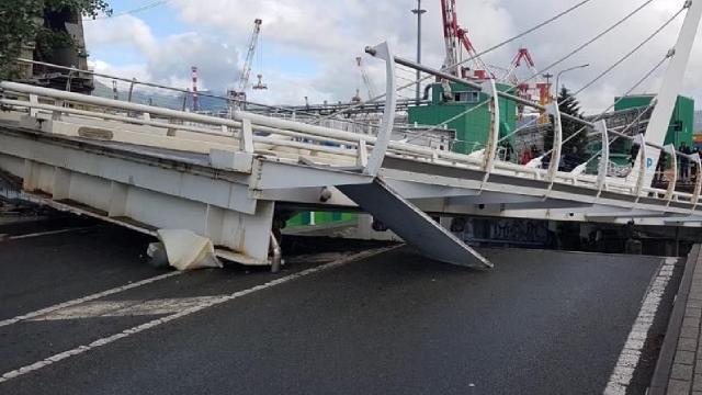 İtalyada köprü çöktü