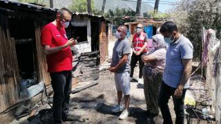 Türk Kızılay Muğla'da evi yanan aileye yardımda bulundu