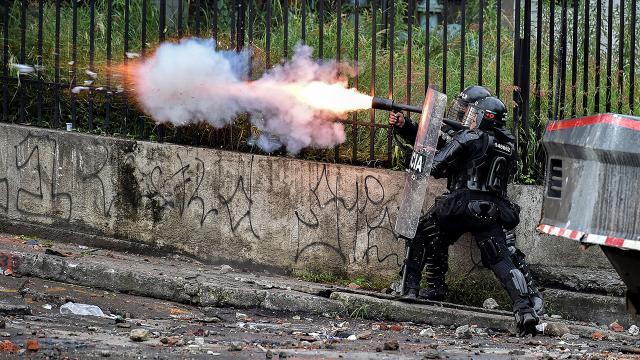 Kolombiyada gösterilerde ölenlerin sayısı 42ye yükseldi