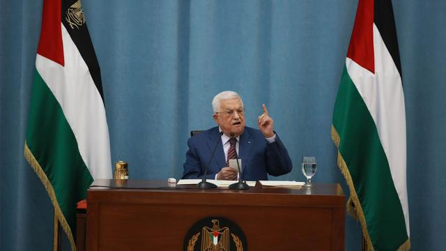 Filistin Devlet Başkanından İsraile: İşgale son vermen için bir yıl veriyoruz