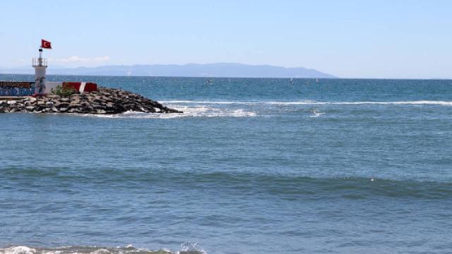 Marmarada deniz salyası dağılmaya başladı