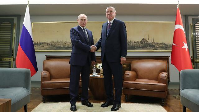 Cumhurbaşkanı Erdoğan, Putin ile Filistini görüştü