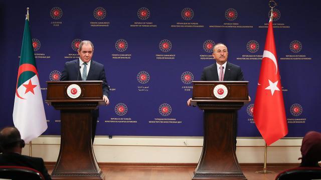 Cezayir Dışişleri Bakanından Çavuşoğluna teşekkür