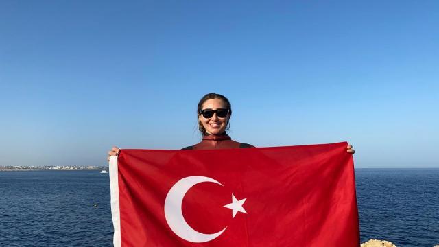 Dünya Serbest Dalış Rekortmeni Şahika Ercümen Mısır'da Türkiye rekoru kırdı