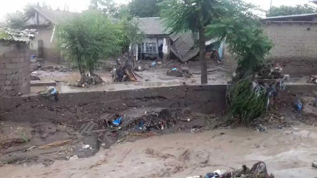Tacikistanda sel felaketi: 7 ölü